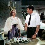 """Lauren Bacall e Gregory Peck ne """"La donna del destino"""" (1957)"""