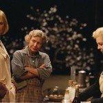 "Nicole Kidman e Lauren Bacall in ""Dogville"" (2003)"