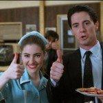 La cameriera Shelly, l'Agente Cooper e la torta di mele dell'RR Diner.
