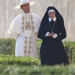 Jude Law e Diane Keaton sul set di The Young Pope