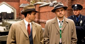 Mark Ruffalo e Leonardo DiCaprio nei panni degli agenti dell'FBI Aule e Daniels