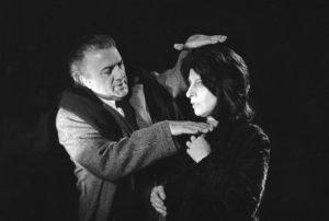 """Federico Fellini e la Magnani sul set di """"Roma"""" (1972)"""