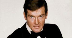 Addio a Sir Roger Moore, Cavaliere e gentiluomo