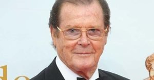 Roger Moore nel 2013