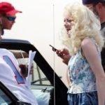 """Jonah Hill ed Emma Stone sul set della serie tv """"Maniac"""""""