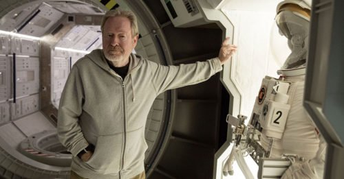 "Ridley Scott dirigerà una serie tv sci-fi, ""Raised by Wolves"""