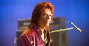 """""""Stardust"""", il biopic su David Bowie: trama, cast e trailer"""
