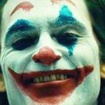 """Aspettando """"Joker"""", il film con Joaquin Phoenix: clown, follia e caos"""