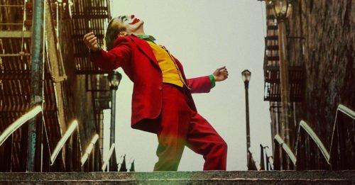 """Il regista di """"Joker"""" chiarisce un mistero del film e Joaquin Phoenix parla del sequel"""