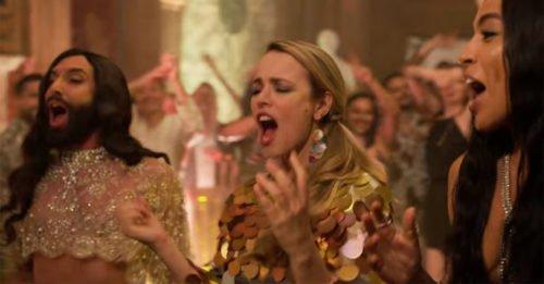 """Eurovision Song Contest: tutti i cantanti (veri) del film Netflix """"La storia dei Fire Saga"""""""