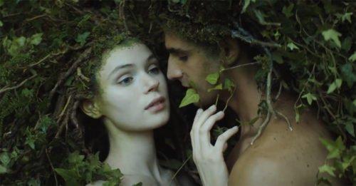Il nuovo film di Matteo Garrone è uno spot per Dior. Ed è incantevole