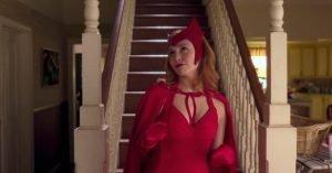 wandavision scarlet witch vecchio costume rosso