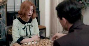 la regina degli scacchi anya taylor joy beth harmon vestito viscosa menta nero partita gabrov
